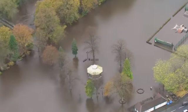 فيضانات بانجلترا