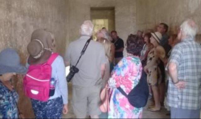 وفود سياحية من 7 دول تزور المناطق الأثرية بالمنيا