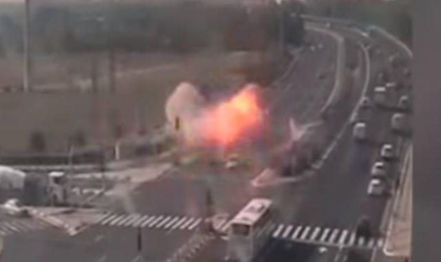 لحظة انفجار الصاروخ