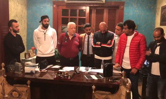 مرتضى منصور يعقد جلسة صلح بين جنش ومصور المصرى اليوم