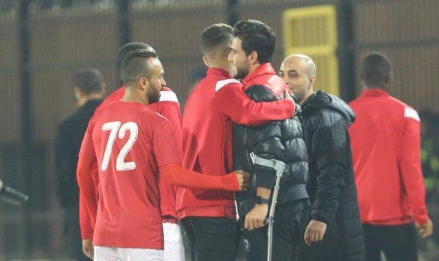 قبلات لاعبي الأهلي لـ حمدي فتحي