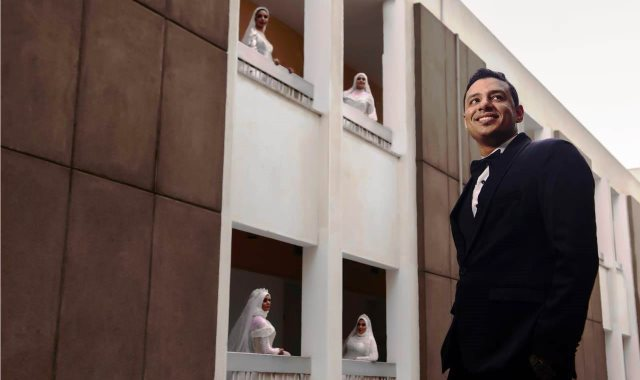 العريس وزوجاته