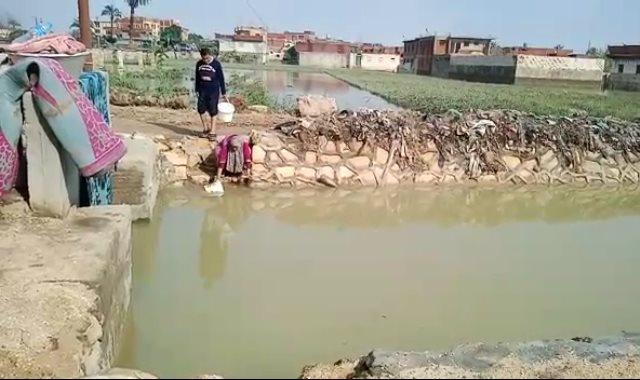 أطفال قرية الديسمى