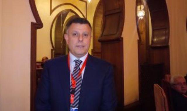 محمود المتينى رئيس جامعة عين شمس