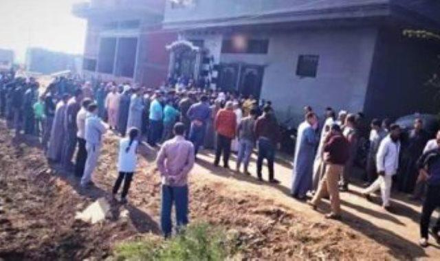 دفن الطبيبة المتوفية بكورونا بقرية شبرا البهو