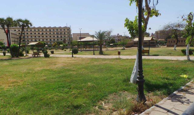 حدائق وكورنيش أسوان بلا مواطن