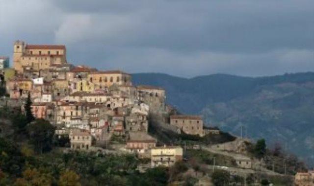قرية إيطالية