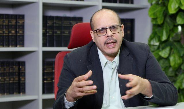 الكاتب الصحفي أكرم القصاص
