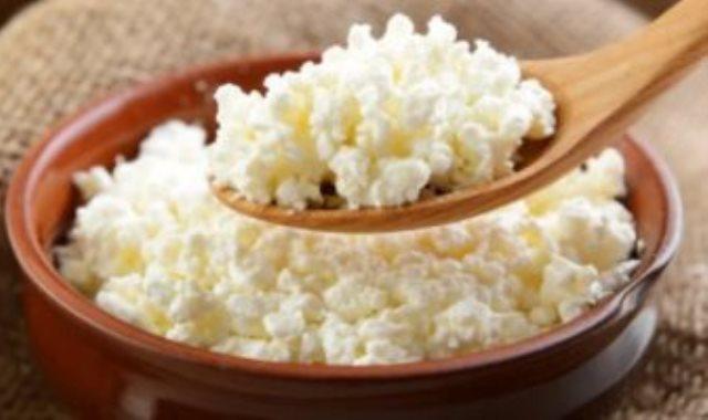 الجبنة القريش اهم الاطعمة التى تحارب زيادة الوزن