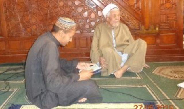 الشيخ الجليل عبد العاطى على عبد الجليل أقدم محفظ للقرآن الكريم