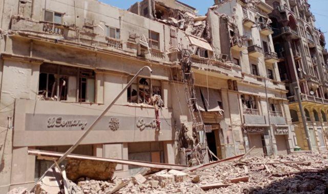 انهيار عقار قصر النيل