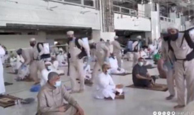 تعقيم المسجد الحرام