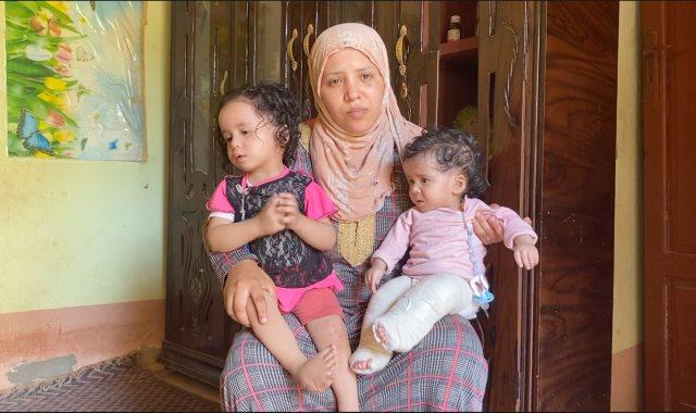 منصور نصار والد الطفلتين
