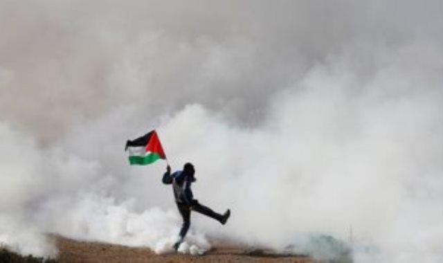 قنابل الاحتلال على الفلسطينيين