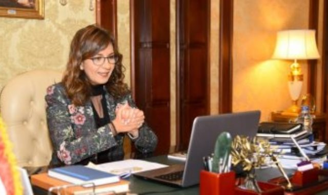 السفيرة نبيلة مكرم عبدالشهيد وزيرة الدولة للهجرة وشئون المصريين بالخارج