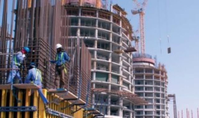 بناء عقارات