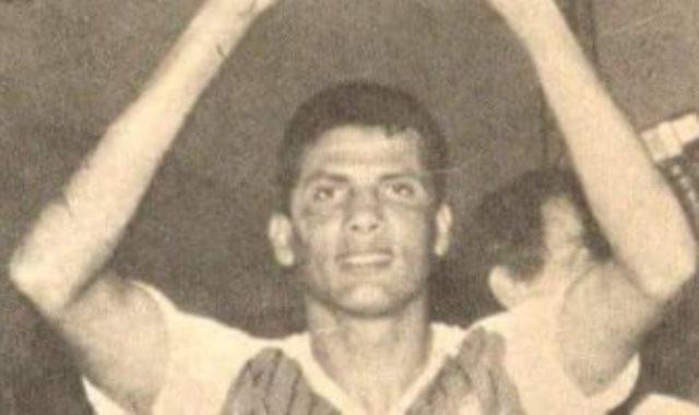 مصطفى عبده نجم الاهلى ومنتخب مصر الاسبق