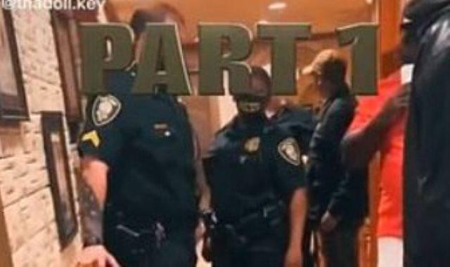وصول قوات الشرطة للمطعم