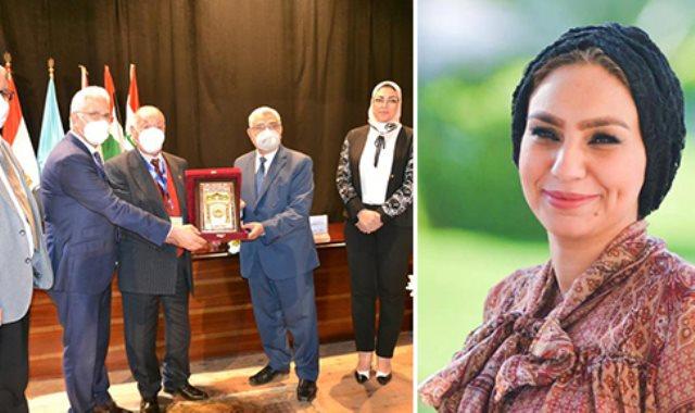 جامعة مصر للعلوم تفوز بالمركز الأول بمؤتمر اتحاد الجامعات العربي