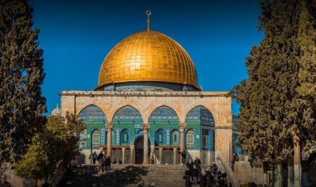 مسجد قبة الصخرة فى ساحة الأقصى