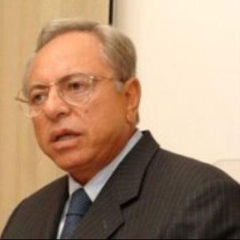 الدكتور حسام عمر