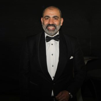 الفنان محسن منصور