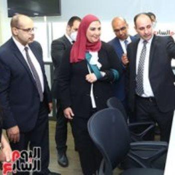 الكاتب الصحفى أكرم القصاص والدكتورة نيفين القباج والزميل مدحت وهبة