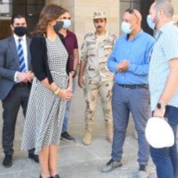 السفيرة نبيلة مكرم وزيرة الدولة للهجرة خلال زيارة للعاصمة الإدارية
