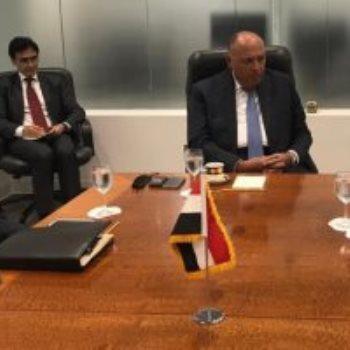 وزير الخارجية سامح شكرى يلتقى مندوب تونس فى الأمم المتحدة