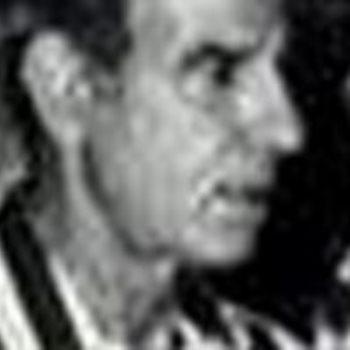 عبد الكريم صقر لاعب الأهلى السابق