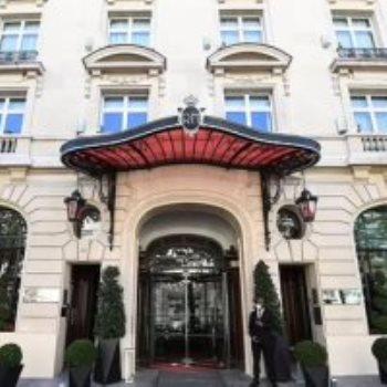 فندق لو رويال مونسو