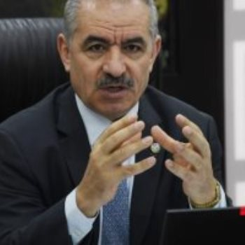 محمد اشتية رئيس الوزراء الفلسطينى