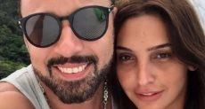 أحمد فهمي وزوجته