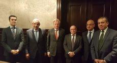 طارق قابيل وزير التجارة والصناعة مع الوفد البلجيكي