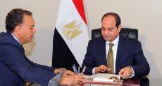 السيسى مع رئيس الوزراء ووزير النقل