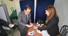 وزير البترول يدلي بصوته في الانتخابات الرئاسية