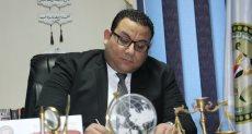 الدكتور كريم عادل