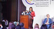 الدكتورة هالة السعيد وزير التخطيط خلال كلمتها بالمؤتمر