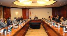 وزير الاتصالات خلال لقاءه بمنظمات المجتمع المدني