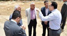 وزير الإسكان يصدر قرارات بإزالة مخالفات بناء بالمدن الجديدة