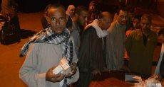 توزيع علاج فيروس سي على المواطنين بقرية جاويش