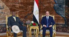 السيسي مع رئيس أوغندا