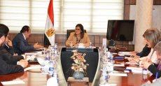 وزيرة التخطيط تلتقي قيادات جامعة النيل
