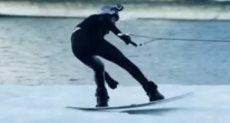 تزحلق على الجليد - ارشيفية