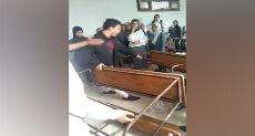 مجهولين يقتحمون فصل للطالبات داخل مدرسة