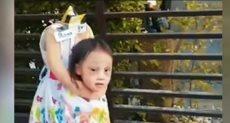 طفلة مقطوعة الرأس باحتفالات الهالوين