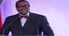 أكينومى أديسينا - رئيس البنك الإفريقى للتنمية