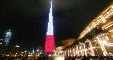 برج خليفة يتزين بألوان علم بولندا فى ذكرى استقلالها