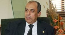 الدكتور عز الدين أبو ستيت وزير الزراعة