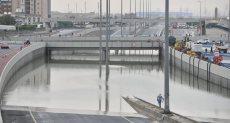 طوارئ في الكويت بعد هطول أمطار رعدية